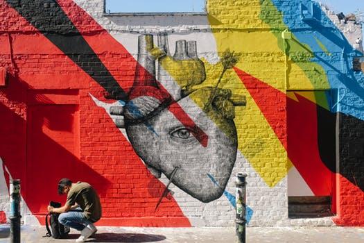 創造性の解放に効果絶大!「アーティスト・デート」の魅力・具体的なやり方・感想