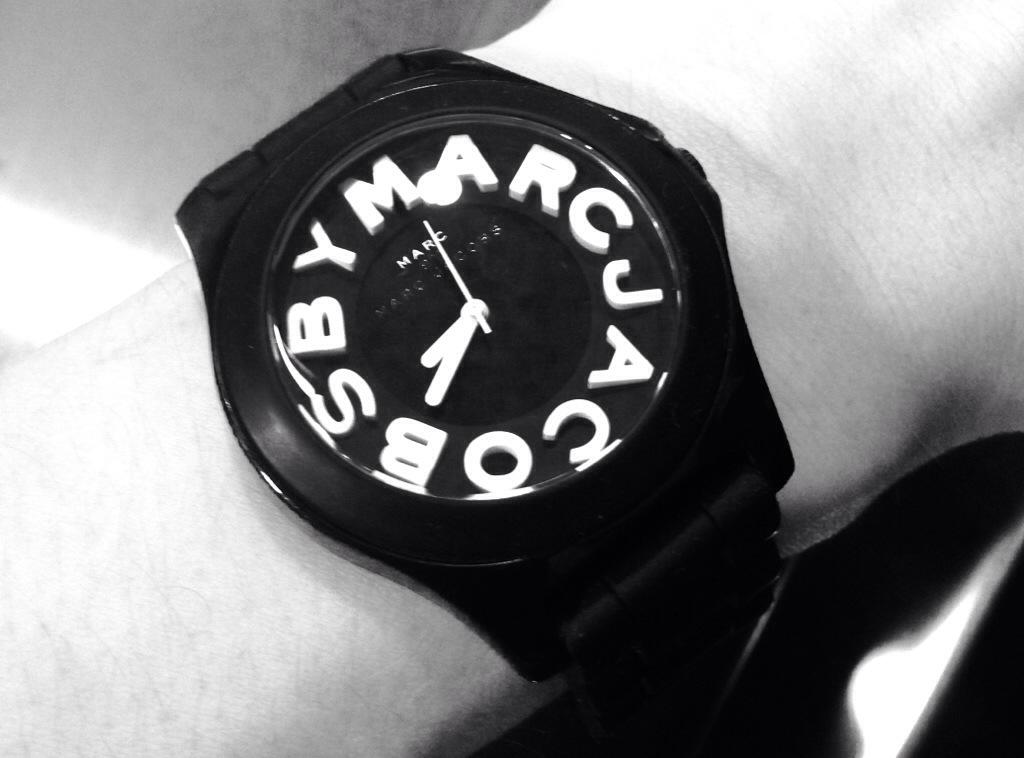 スタバの店員さんに時計を褒められて世界が3ミリ素敵になった