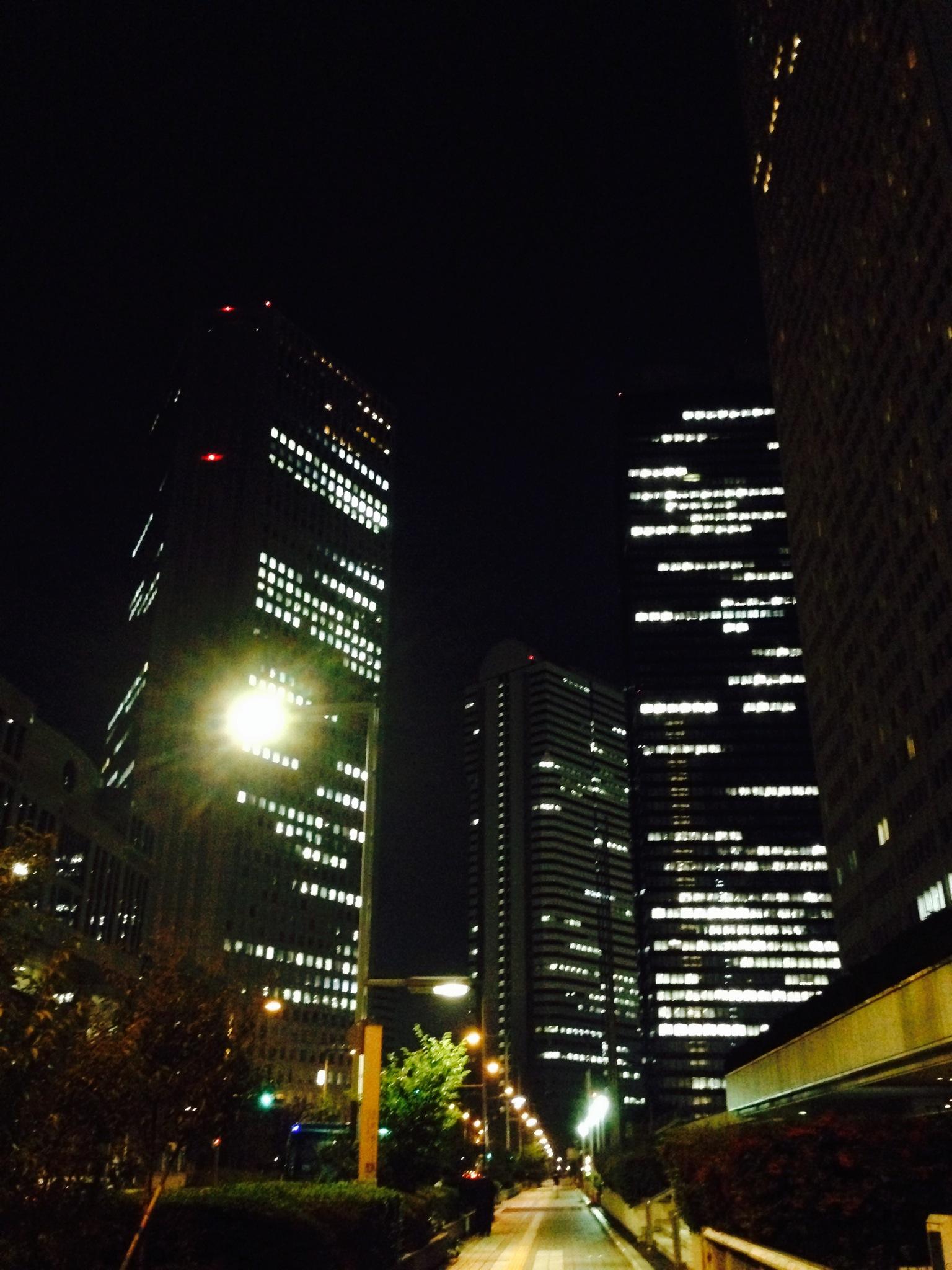 新宿西口高層ビル群は気持ちがリセットされる場所