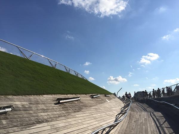横浜みなとみらい「大さん橋」は開放的な素敵スポット