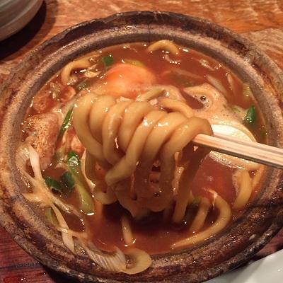 名物味噌煮込みうどんは「山本屋本店 名古屋駅前店」で決まり。